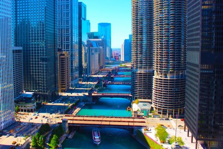 Labor Day hotel deals in Chicago